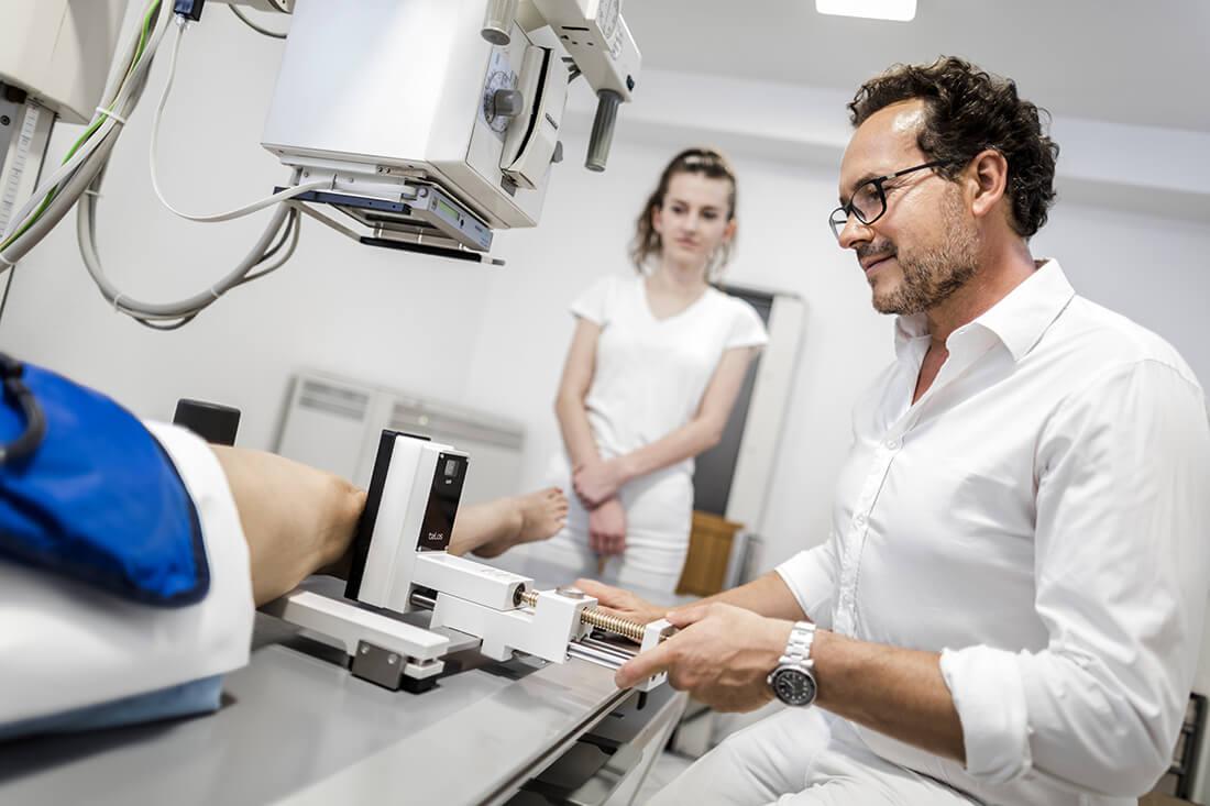 Orthopädie Meerbusch - Vollmert - Potrett - Digitales Röntgen in der Praxis