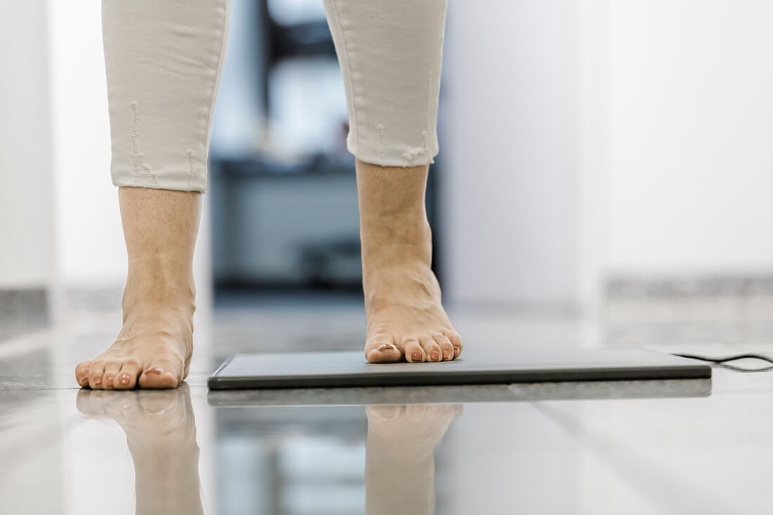 Orthopädie Meerbusch - Vollmert - Potrett - Fußdruckmessung in der Praxis
